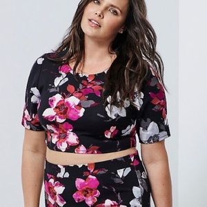 Torrid Insider Collection Floral Crop Top Size 0